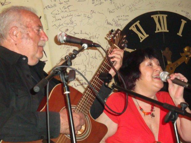 Salmovská se Standou Chmelíkem 22.04.2010