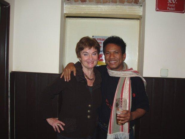 Mami po koncertě s francouzsky muvícím publikem- zde s paní Machleidtovou