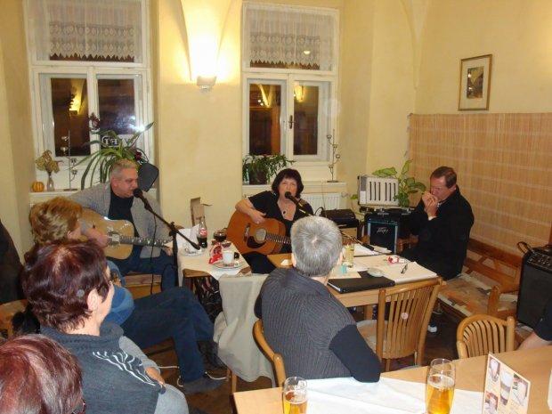 Kavárna Čas 11.12.2011
